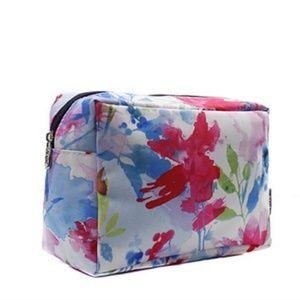 Handbags - Last one💥Beautiful spring flower makeup bag!
